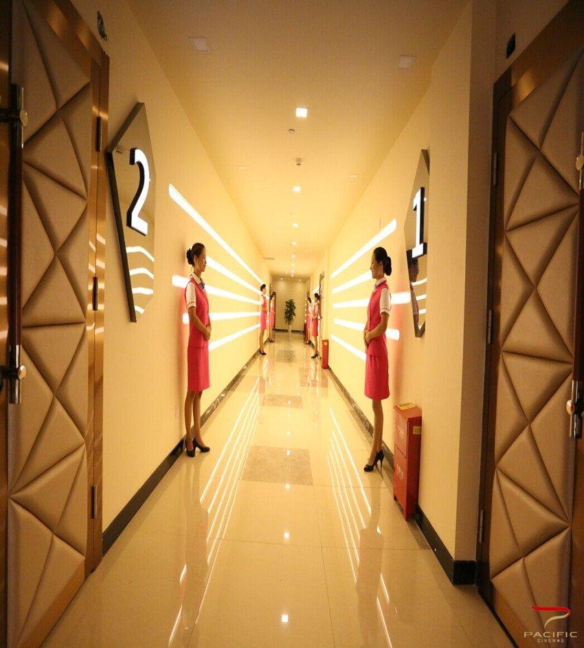 影娱天下  影城坐标:滨江西路尚河半岛2号楼上合汇  是目前资中最时尚